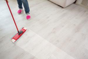 neuvěřitelně čisté plovoucí podlahy