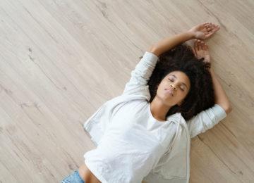 tanec na čisté podlaze