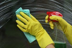 mytí oknen Prtaha