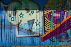 Barevné graffiti jsou téměř všude