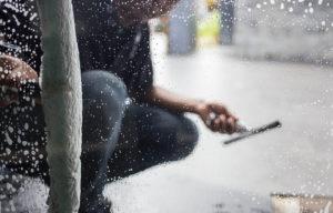 mytí výloh a oken