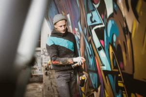 jak přetřít graffiti