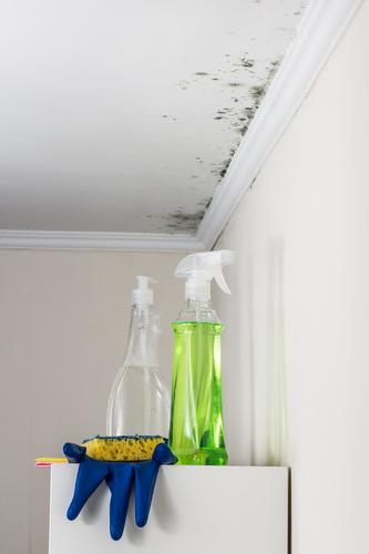 Odstránenie rias z fasády