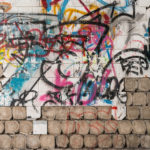 kdo odstraní graffiti