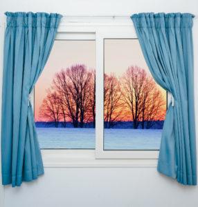 pravidelné mytí oken