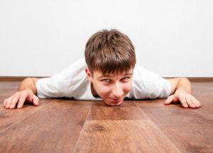 levné čištění podlah