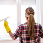 mytí okenních rámů